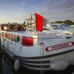 Europa, Deutschland, Mecklenburg, Mit dem Hausboot auf der Mueritz-Havel-Wasserstrasse in Mirow, Wassersport / Europe, Germany, Mecklenburg, on the Mueritz-Havel-Waterway in Mirow,